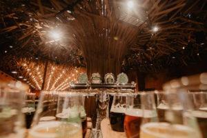 Stół z piwami we Lwowie